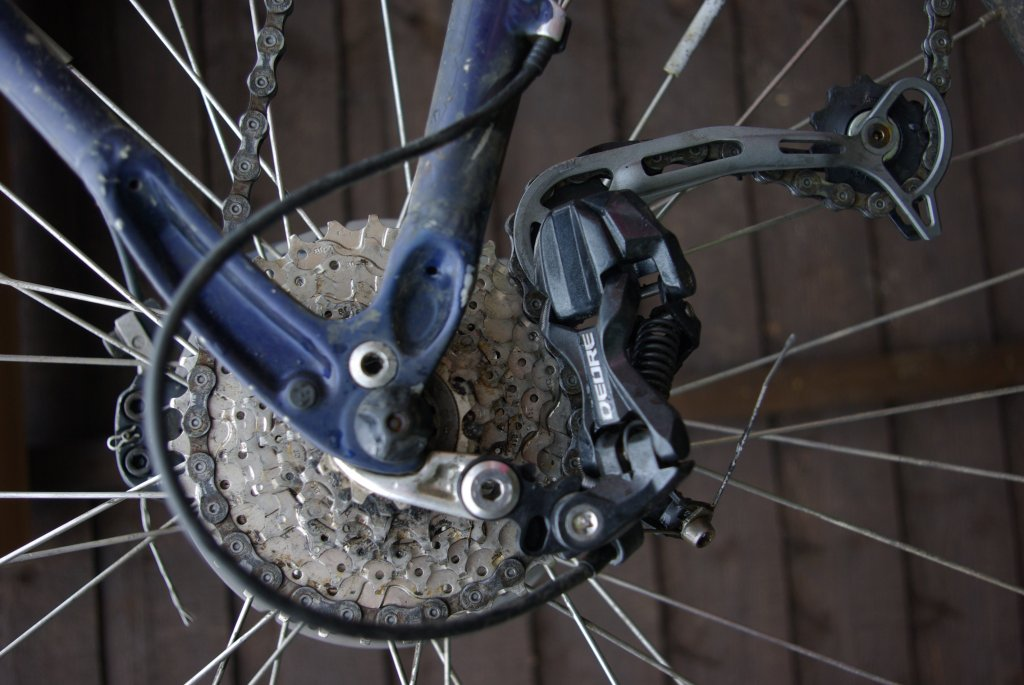 Rear Derailleur touching Cassette since replacing 8 speed with 9
