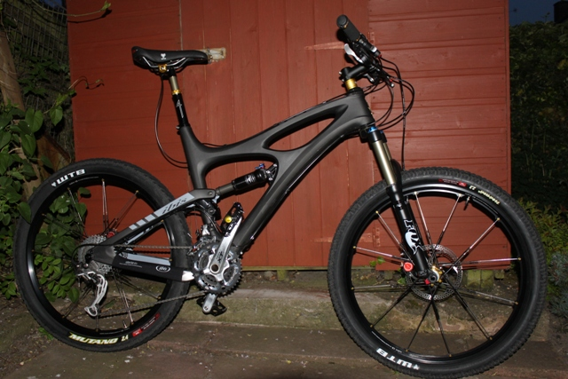 Ibis Mojo HD or Santa Cruz Nomad Carbon? Tough decision - Where are the HD reviews??-shed4.jpg