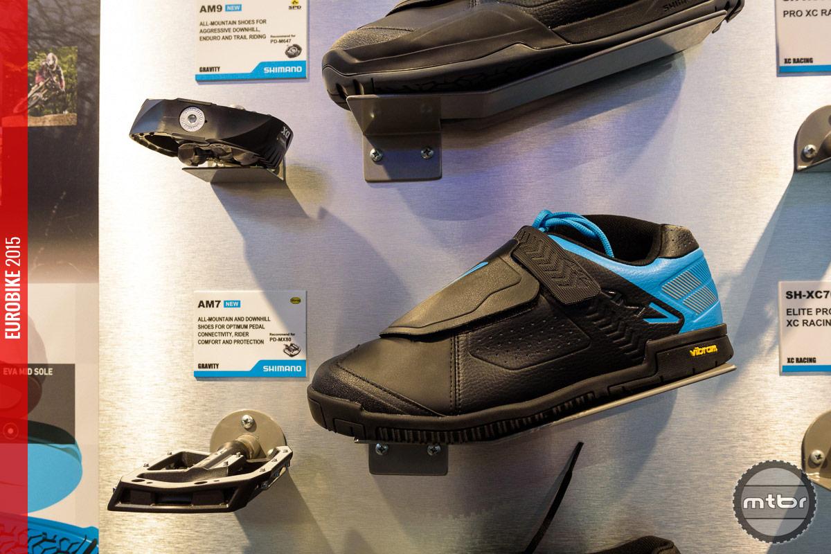 Shimano AM7 Gravity shoe.