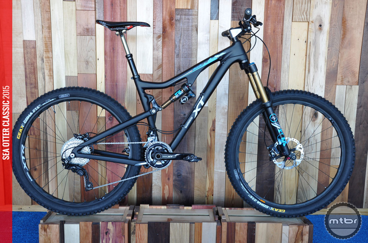 This Santa Cruz Bronson is decked out with the XT M8000 Group