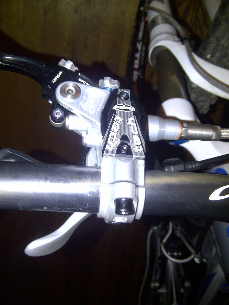 Hope Tech lever + M780 shifters = no good-shimano-i-spec-hope-mount-05a.jpg