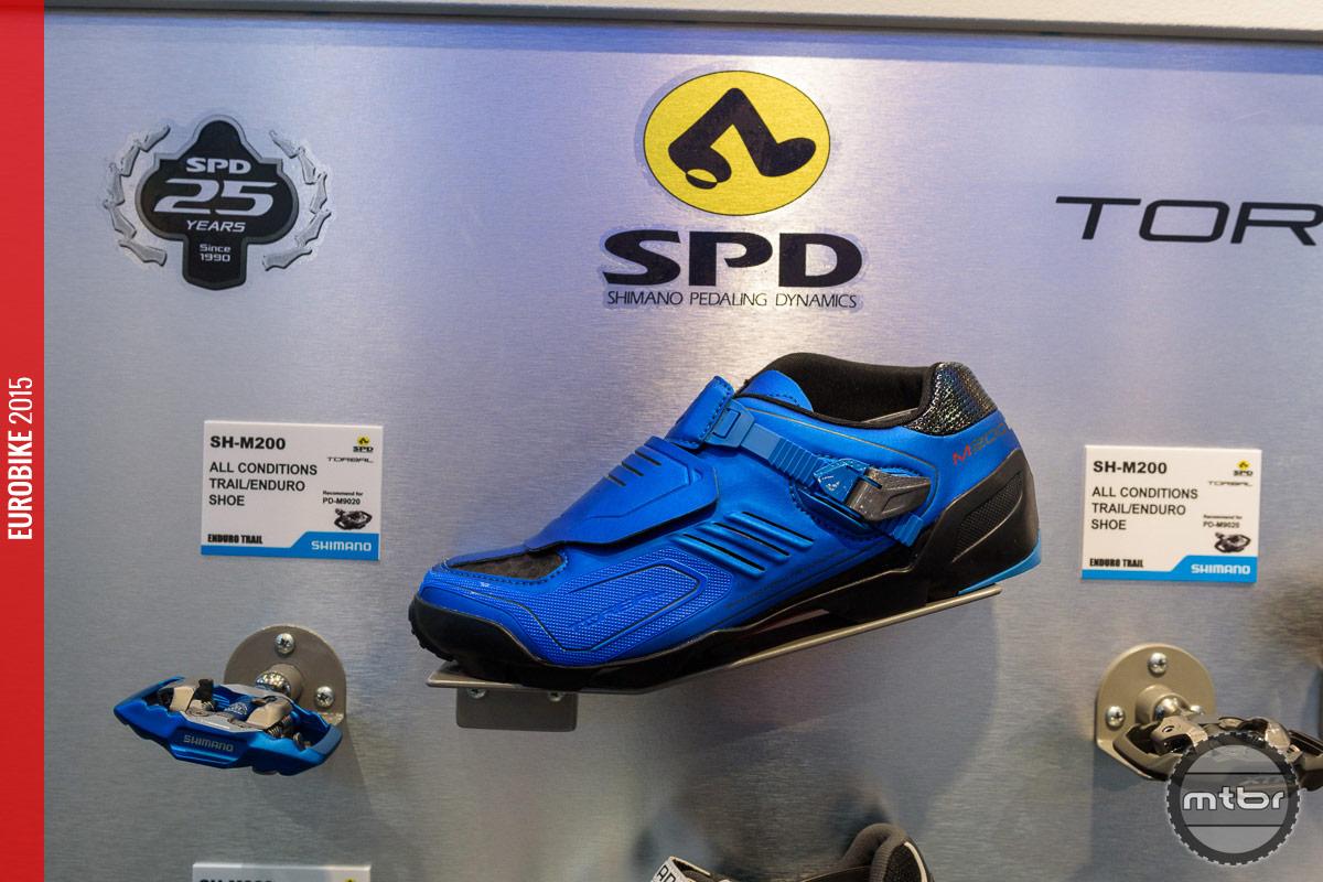 Shimano SH-M200 25th anniversary edition shoe.