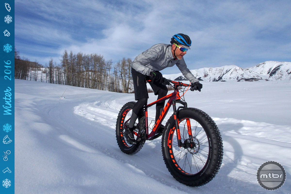 The best winter shoes are easy to put on and take off, are warm, wind and waterproof, and provide efficient power transfer on the bike, and reliable traction of it.
