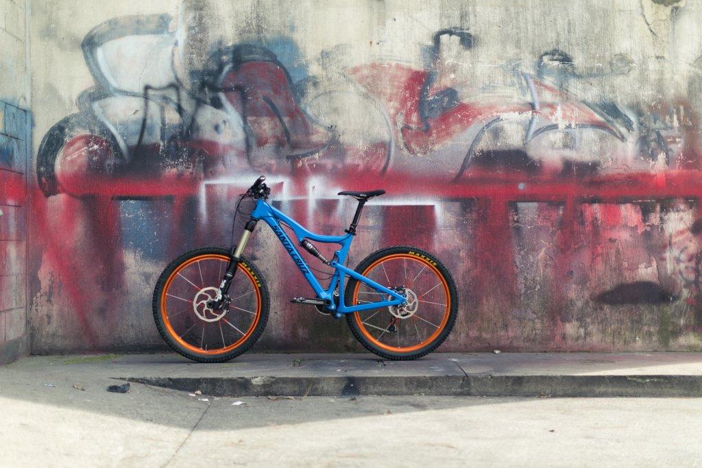 Blur LT Carbon Setup Thread-shoot-santa-cruz-blur-ltc_pito-1.jpg