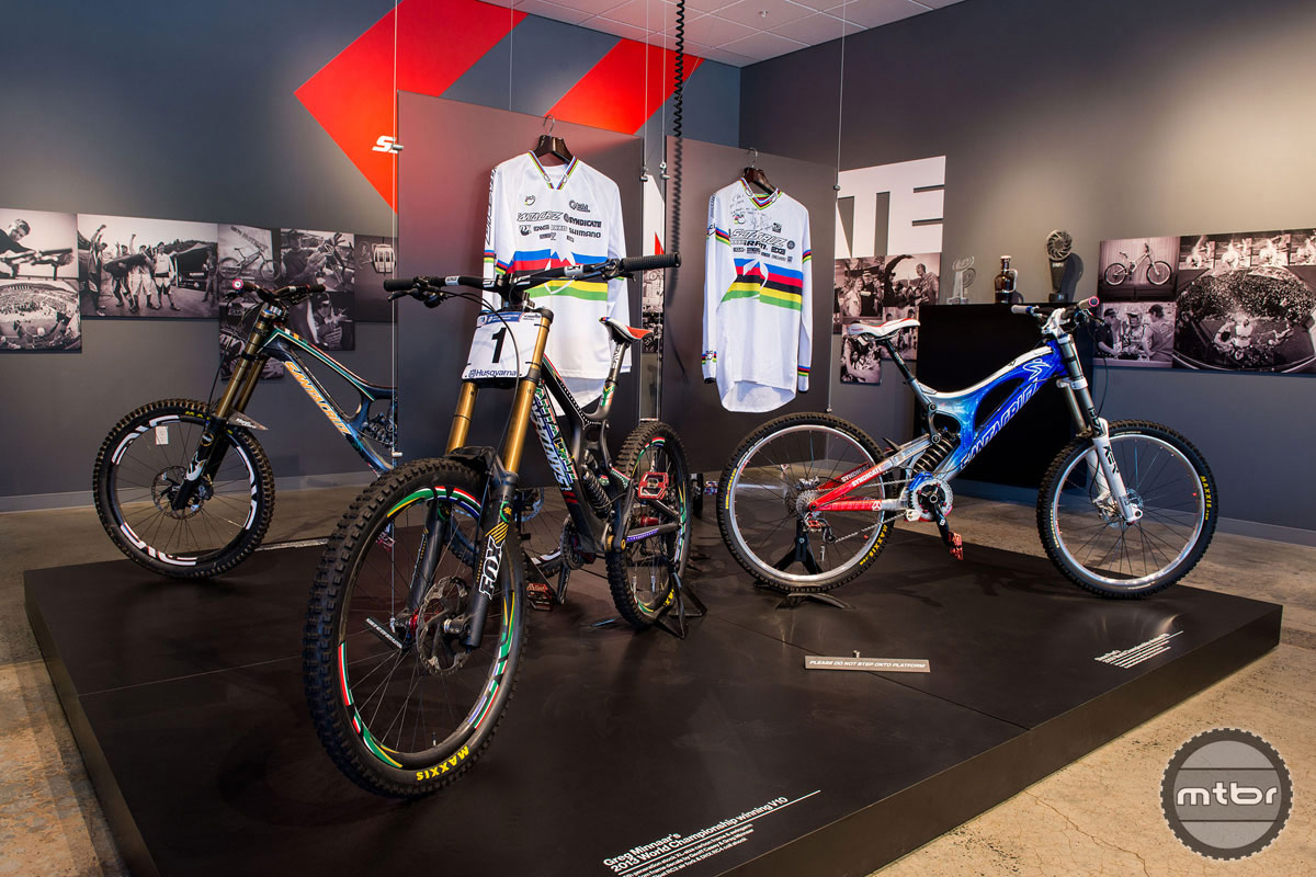 The V10s Greg Minnaar and Steve Peat rode to World Championship victories. Photo by Mike Thomas.
