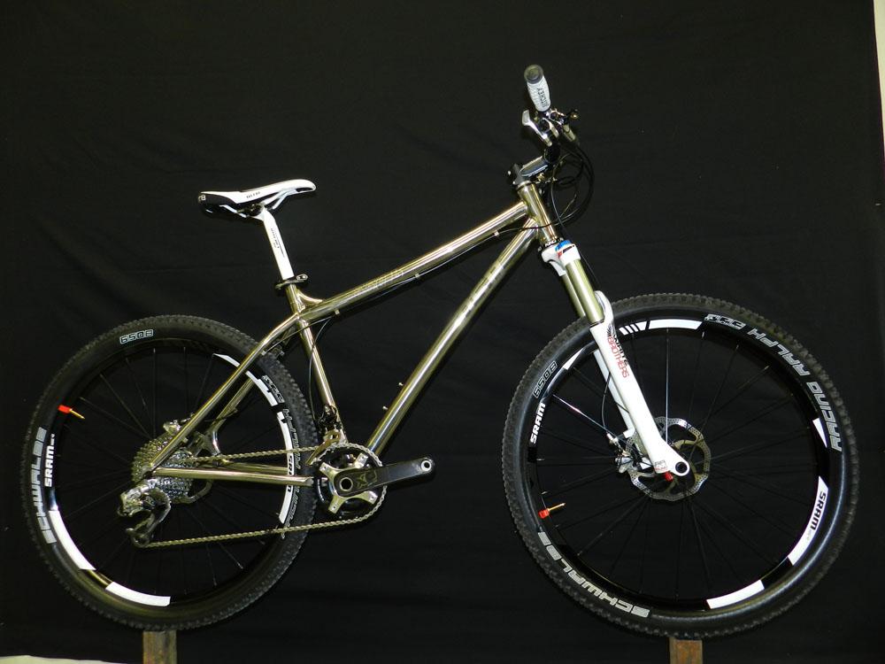 DSB New Titanium 650b-showbike.jpg