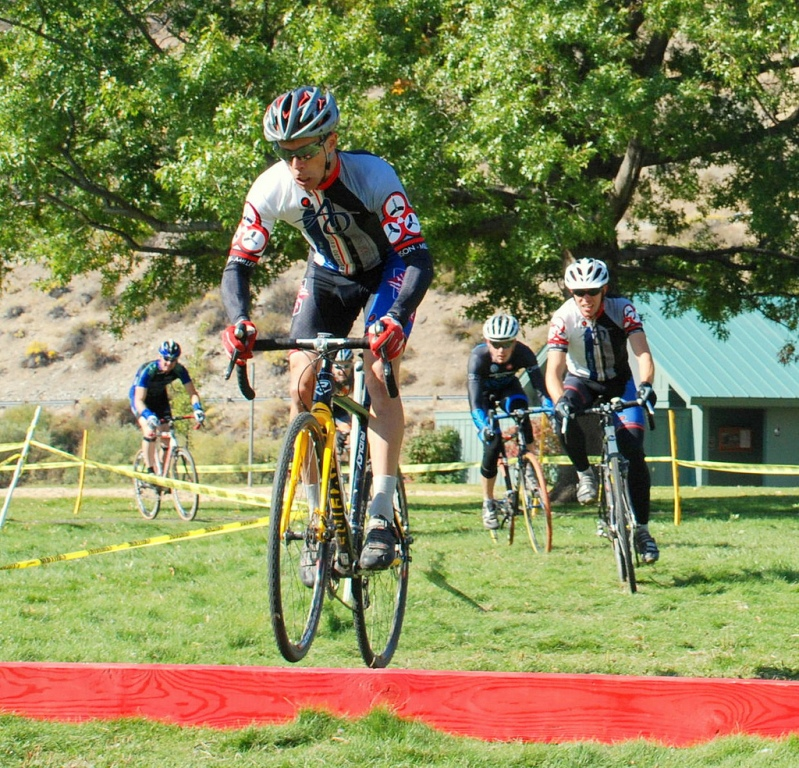completed second CX race.  cat 3, mid pack-sicx-1-berm-small.jpg