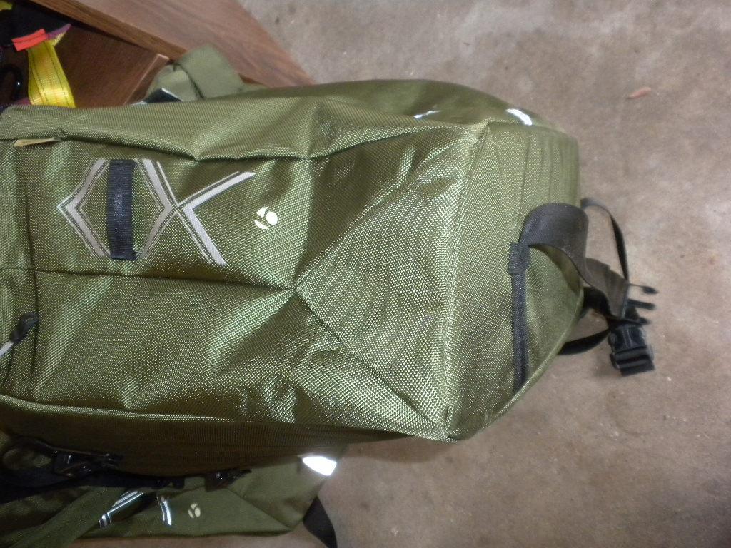 The Trek Transport Thread-side-transport-bag.jpg