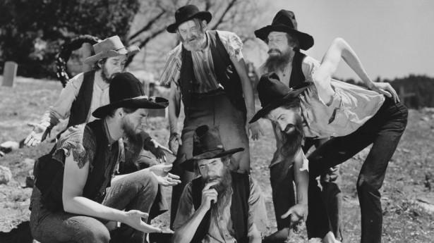 Incest cult in ozzyland-silly-hillbillies-via-shutterstock-615x345.jpg