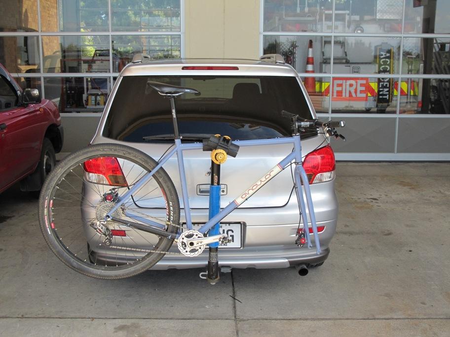 How do you haul your bikes around?-singular_on_car.jpg