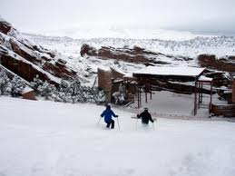 Name:  skiing red rocks.jpg Views: 930 Size:  9.0 KB