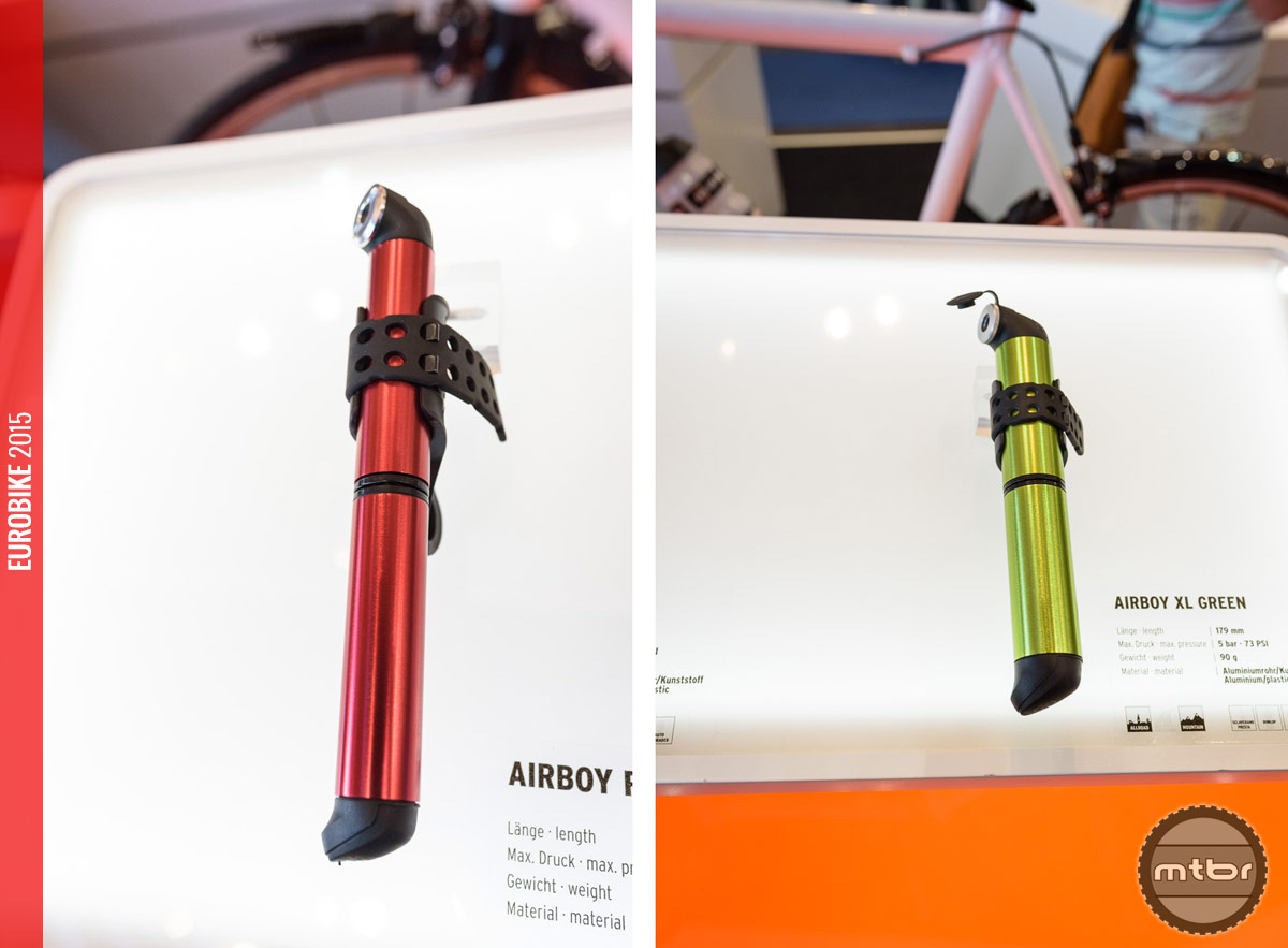 SKS Airboy (left) minipump in red and the Airboy XL (right) minipump in green.