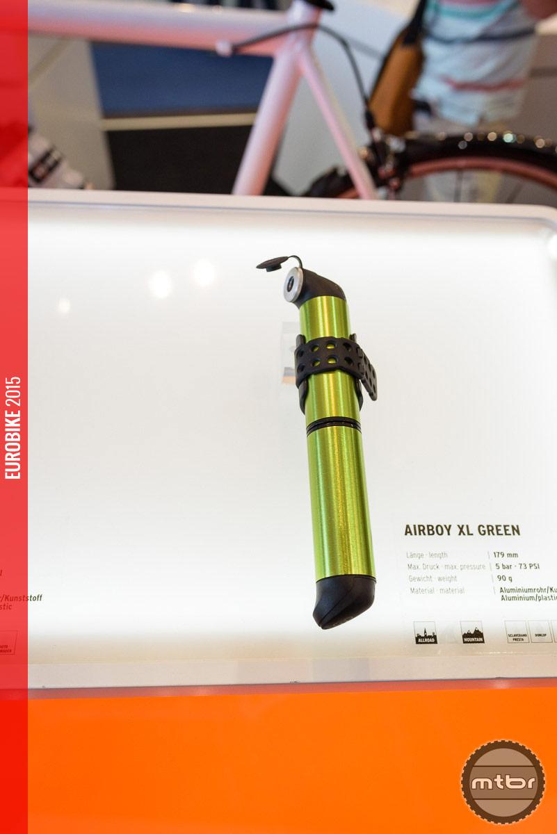 SKS Airboy XL minipump in green.