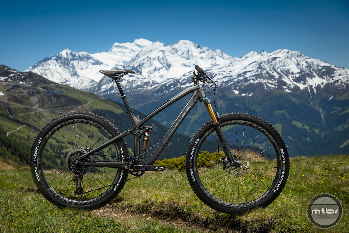 Trek Re:aktiv Thru Shaft on Fuel EX 29er in one of the best areas to ride in Switzerland.