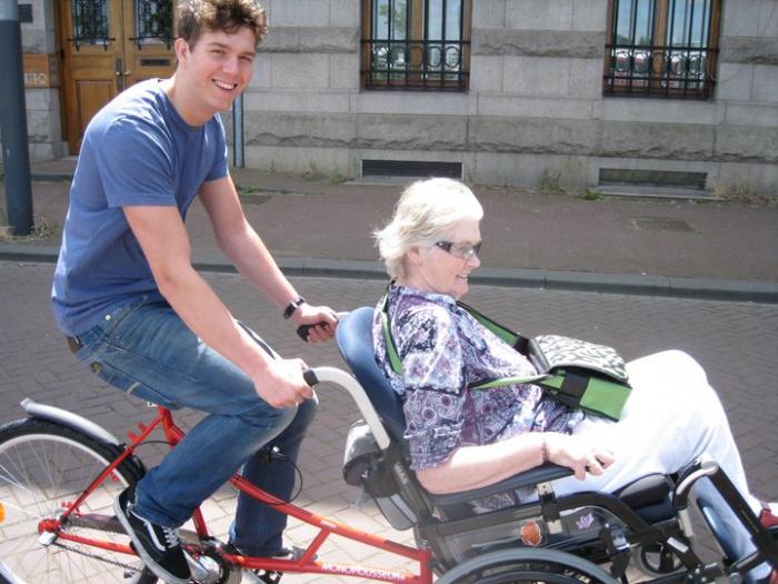 Boomer bike ideas...-small_wheelchairbike3-20150415112736.jpg