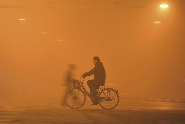 Post Bike Commuter News-smog.jpg