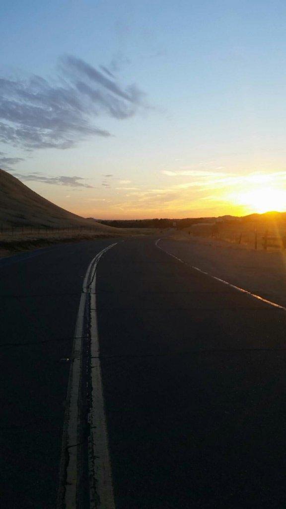 Sunrise or sunset gallery-snapchat-7655979481217594222.jpg