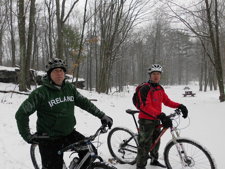 snow ride at the moon-snow-day-%40-moon-lake-011.jpg