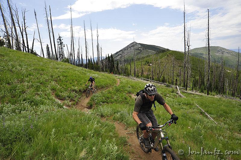 Ride the Kettle Crest this week!-snowpeak_cabin.jpg