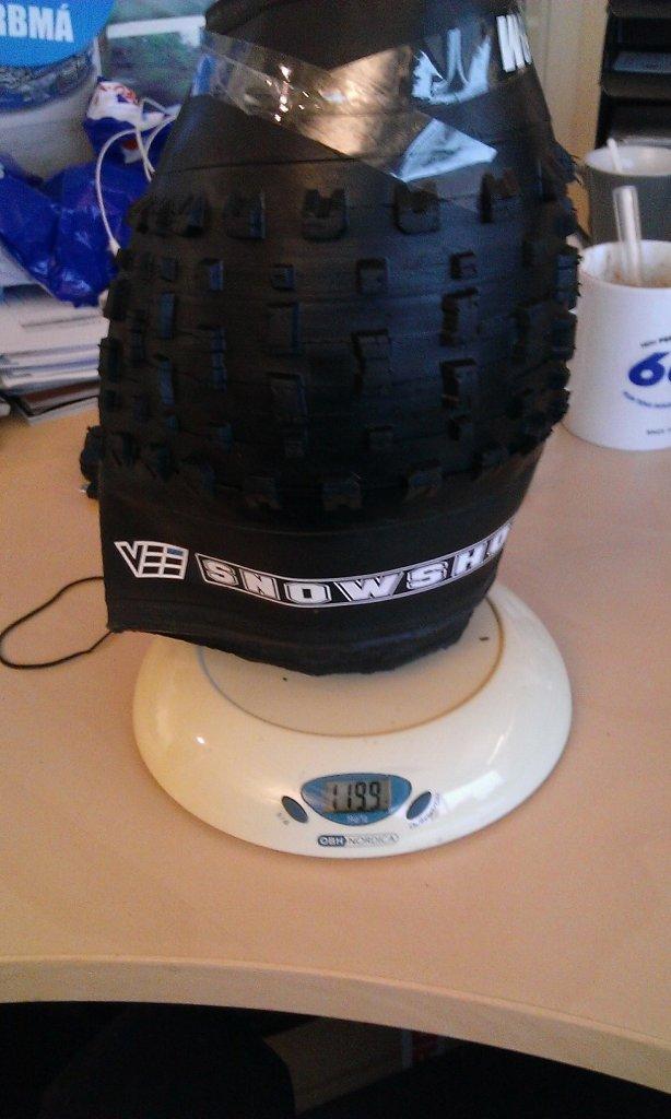 Vee-Rubber Snowshoe 4.7 weight-snowshoe-1199g.jpg