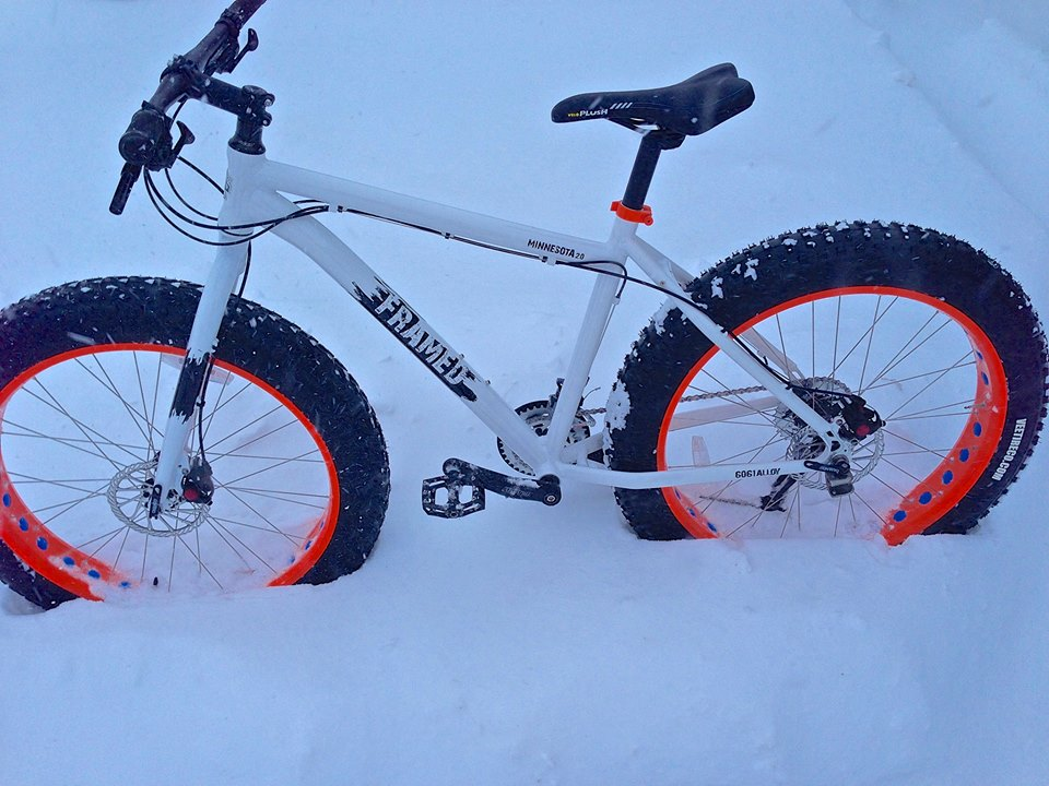 The Minnesota 1.0 and 2.0 Fatbikes-snowshoe3.jpg