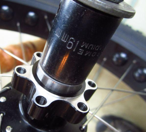 Quanta 190mm rear hub - bearing issue - heads up-socket-bearing-photo.jpg
