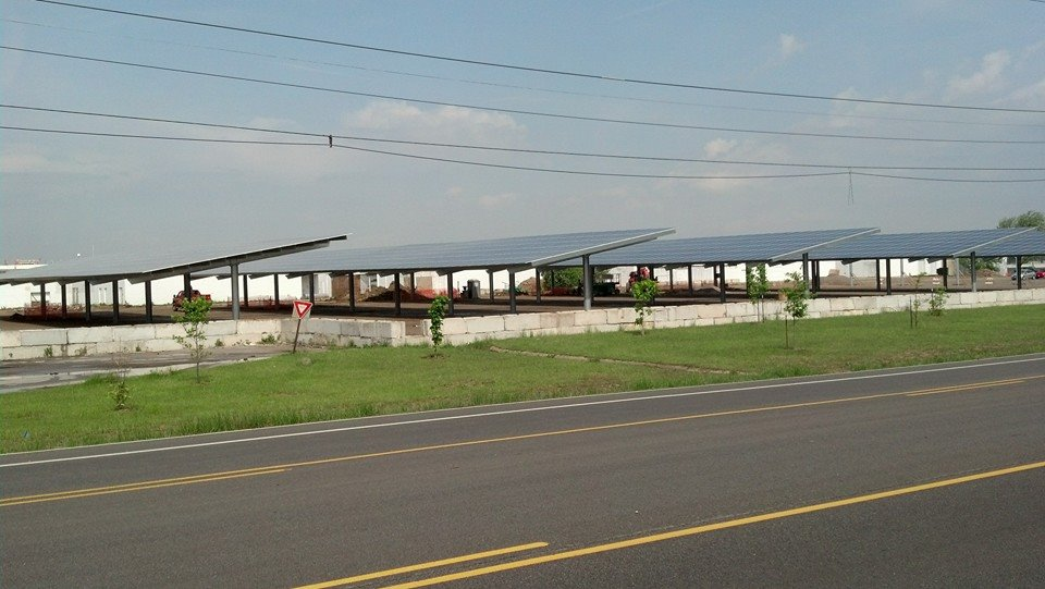 What did you see on your commute (pic thread)-solarfarm.jpg