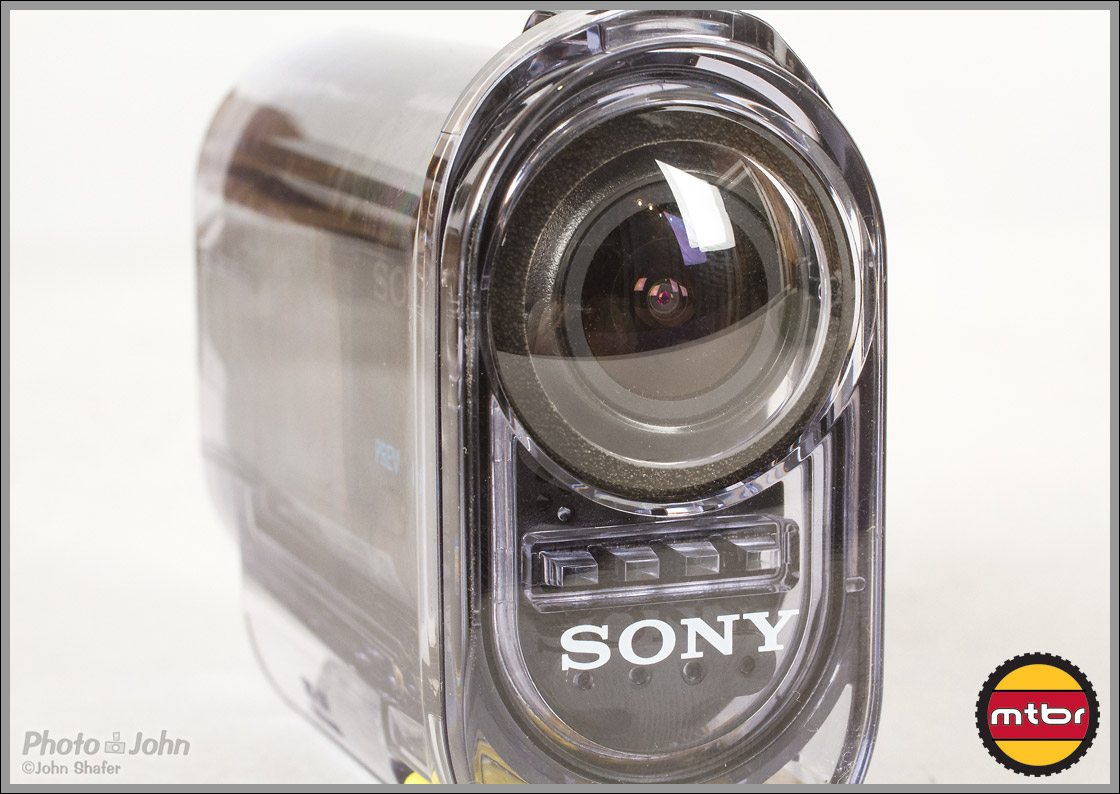 Sony Action Cam - Lens On Underwater Case