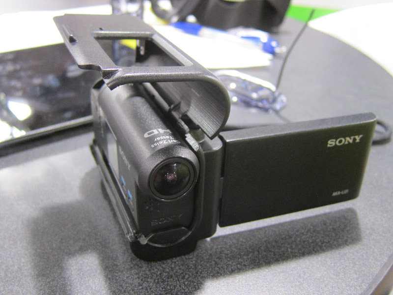 sony_action_cam_handheld