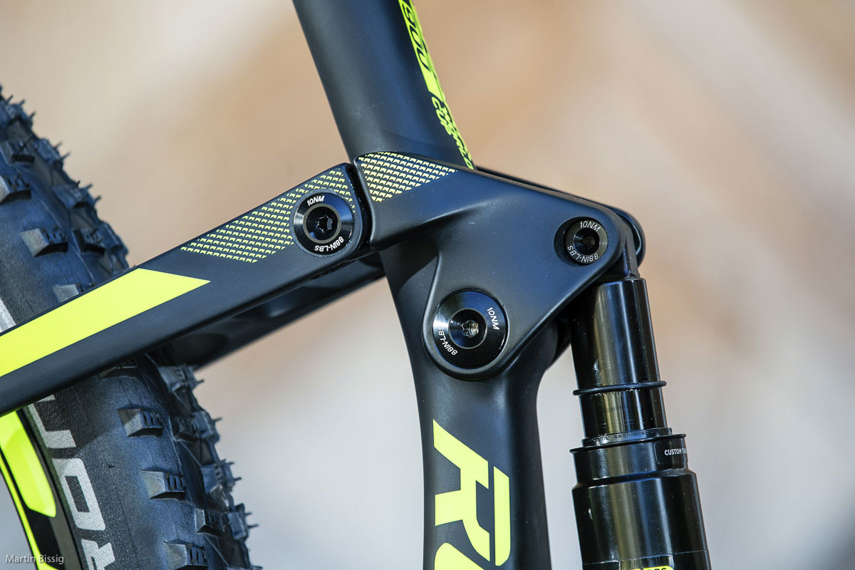 The seat tube mounted rocker link is full composite on some of the new higher end Scott Spark models.