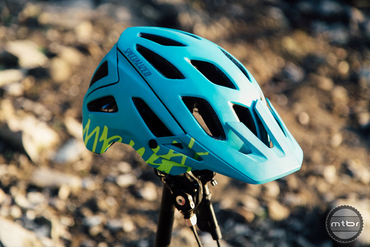 The Specialized Ambush is a full coverage helmet designed for all mountain use. In addition to impressive coverage, it also manages to deliver best in class ventilation.