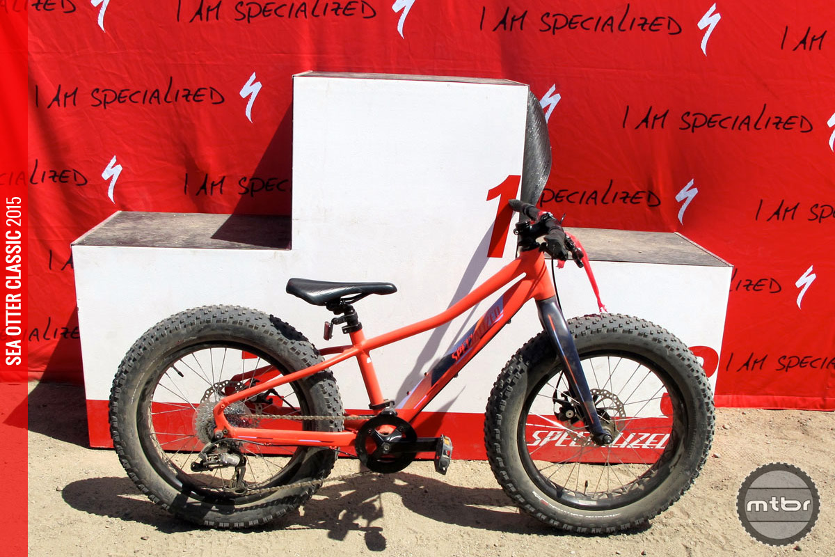 The star of the pump track, the Specialized Fat Boy, in kid size.
