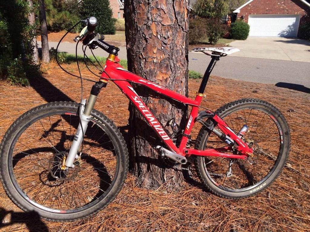 Post your 26er Pics-specialized.jpg