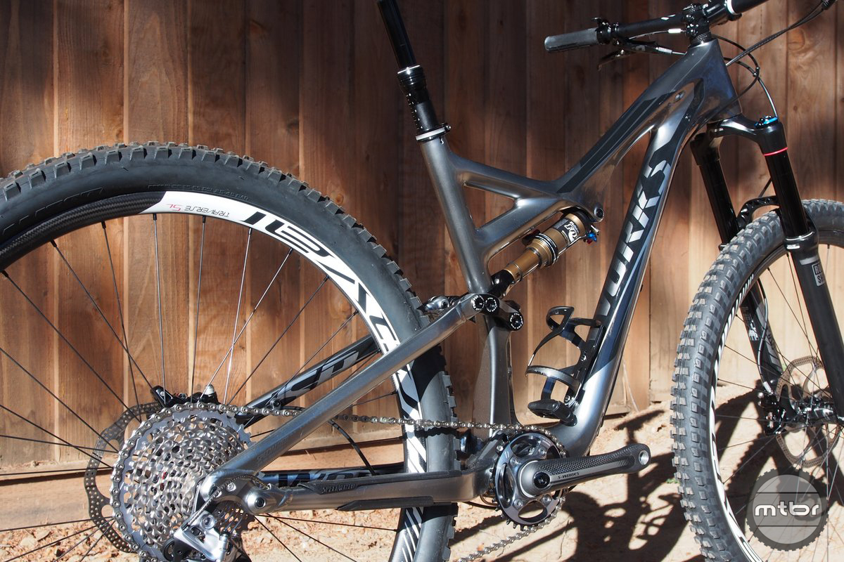 d4d5e412399 Compare-O First Look: Specialized S-Works Stumpjumper FSR EVO 29 ...