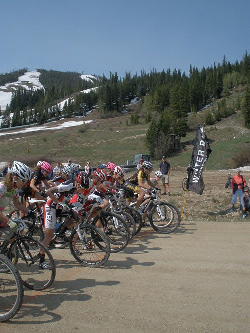 Start to the women's class of the 1st Epic Singletrack Series - by Mistalynn Lee, Winter Park Resort