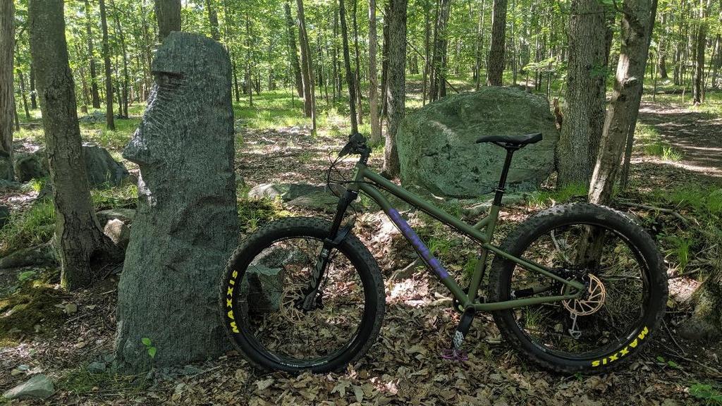 Growler Performance Fat Bikes-statue.jpg