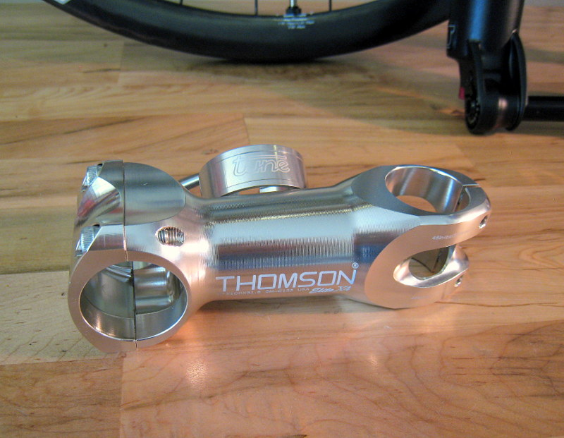 An Intense Tracer 275 build-stem-clamp.jpg