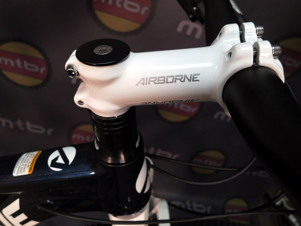 Airborne house brand stem