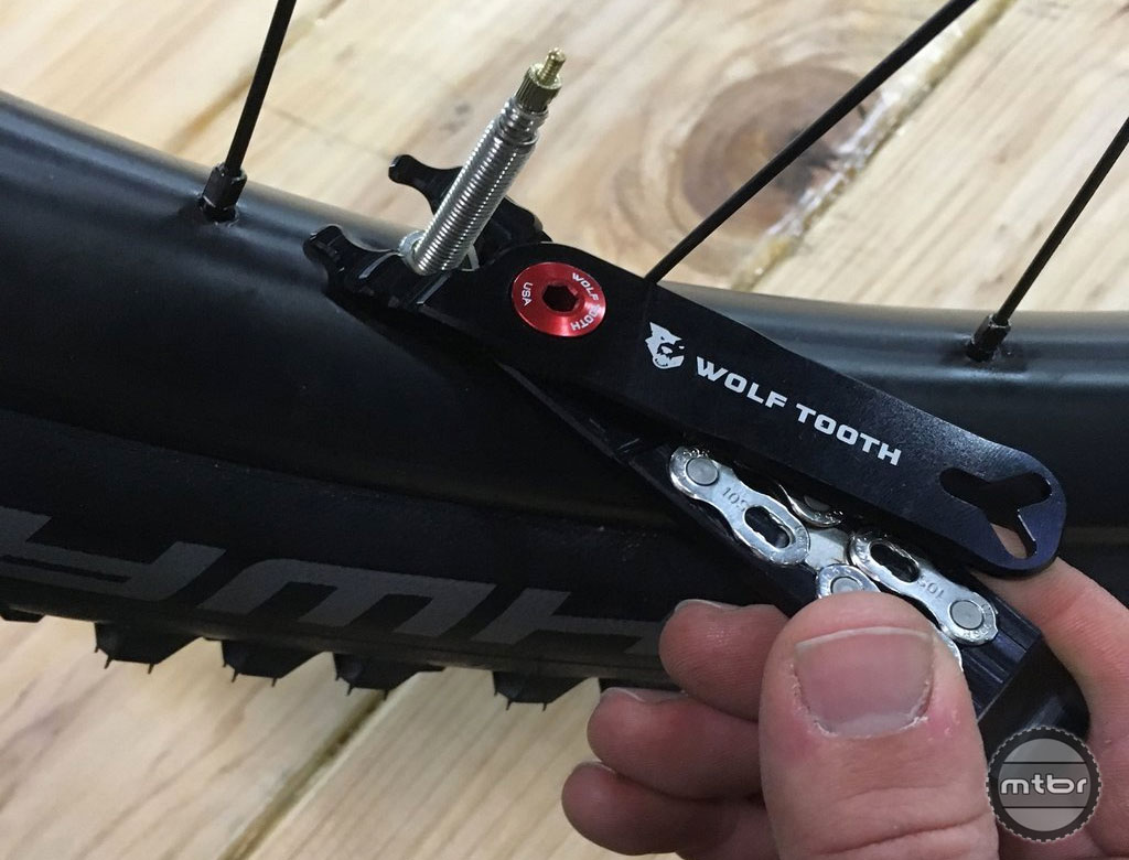 Wolf Tooth's Master Link Combo Pliers