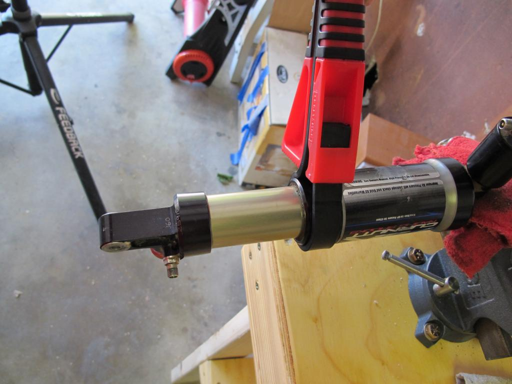 Rebuilding A Curnutt Air Shock-strap-wrnch.jpg