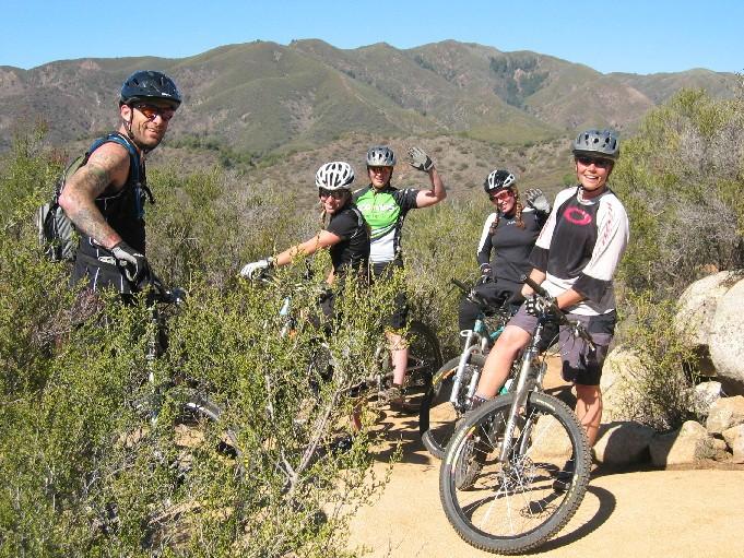 X-post from AZ board:  Are you a Kamikaze Biker?-stu-girls.jpg