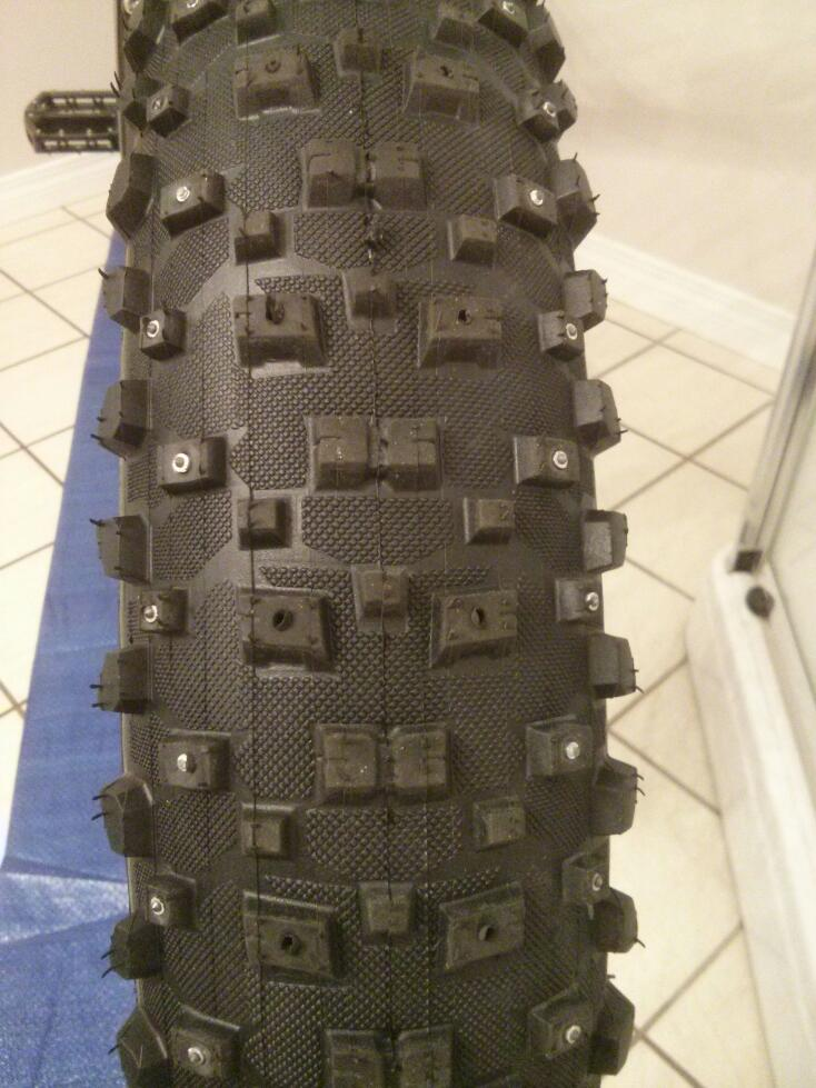 Anyone here use studded fat tires?-studded.jpg