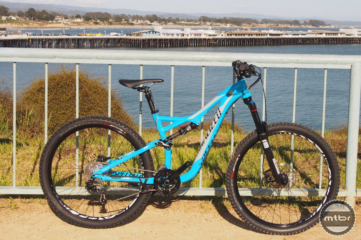 e5575df7b4c First Ride: Specialized's new 650b/27.5-inch Stumpjumpers- Mtbr.com ...