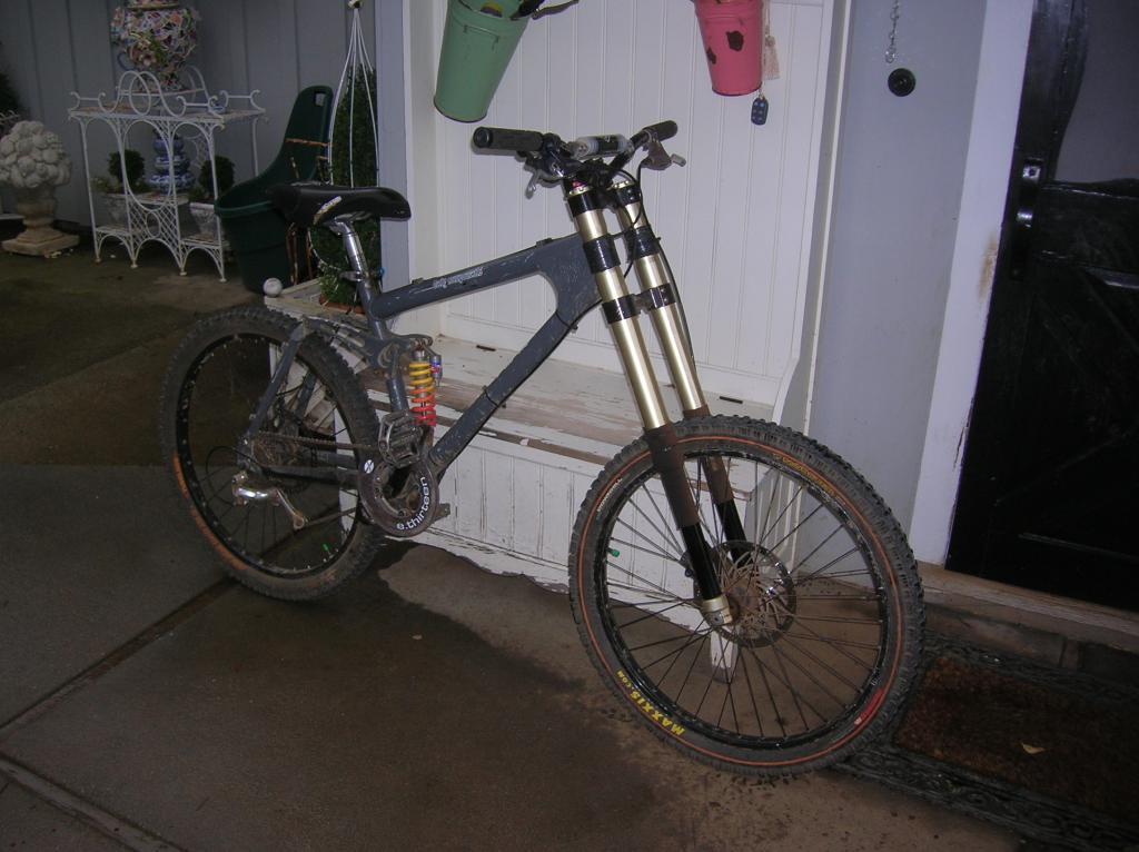 Old School DH bikes-summer-10-019.jpg