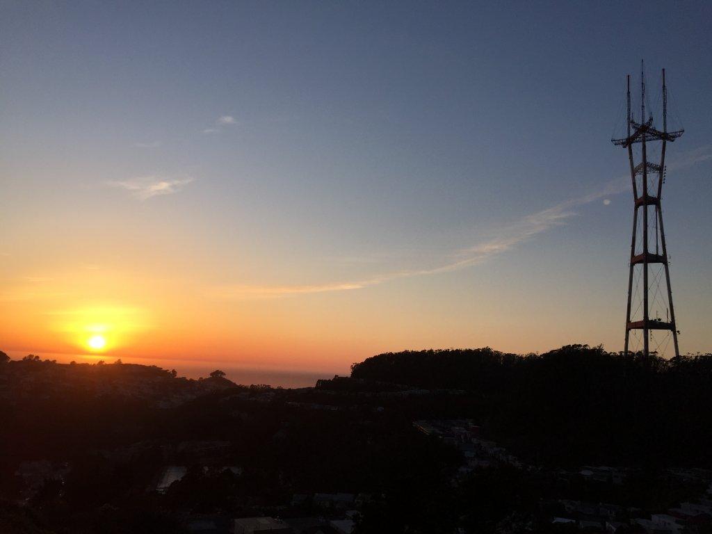 Sunrise or sunset gallery-sunset.jpg