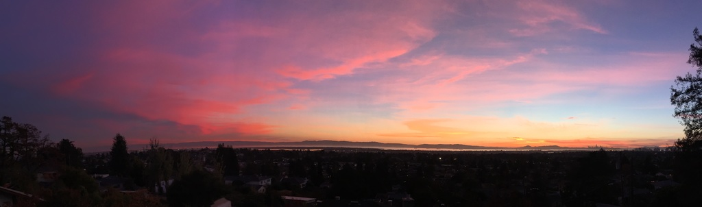 Sunrise or sunset gallery-sunset_pano.jpg