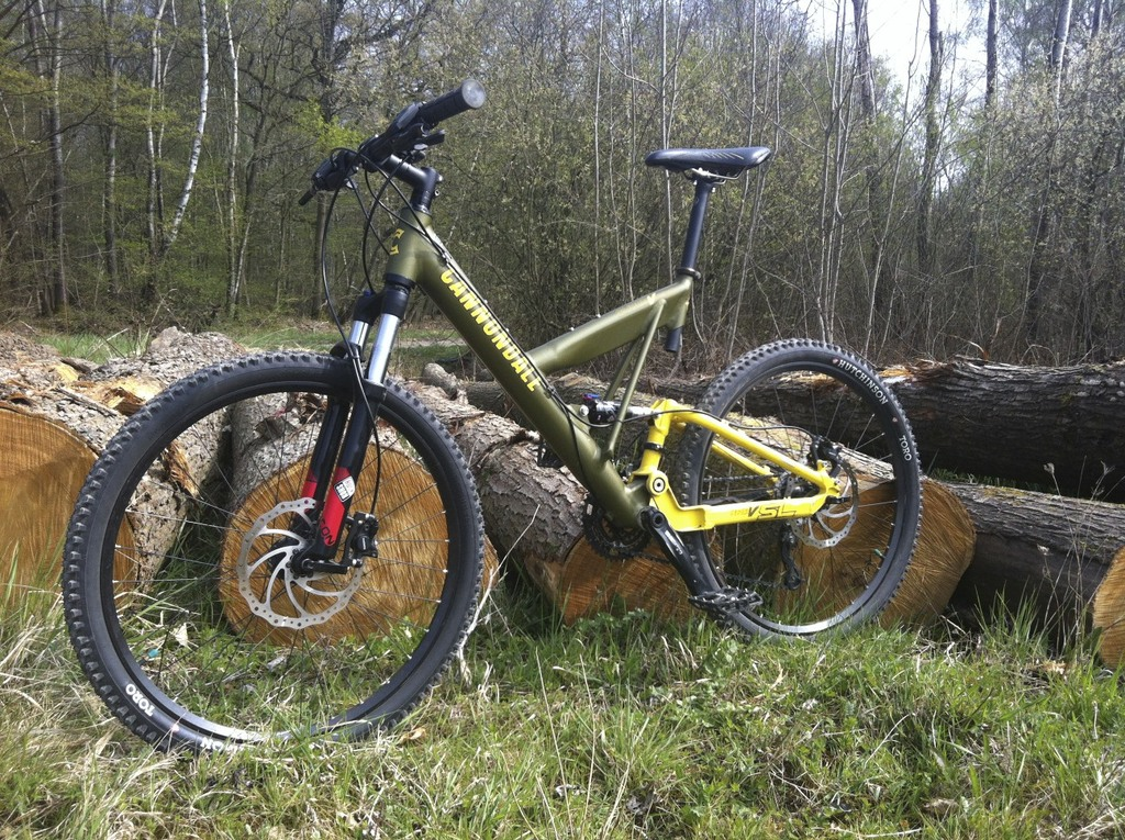 Anyone have exp. with Cannondale super V's or other similar single pivot designs?-super-v-900-sl.jpg