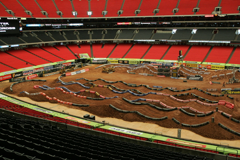 Could this be the future of eMTBs?-supercross-track.jpg