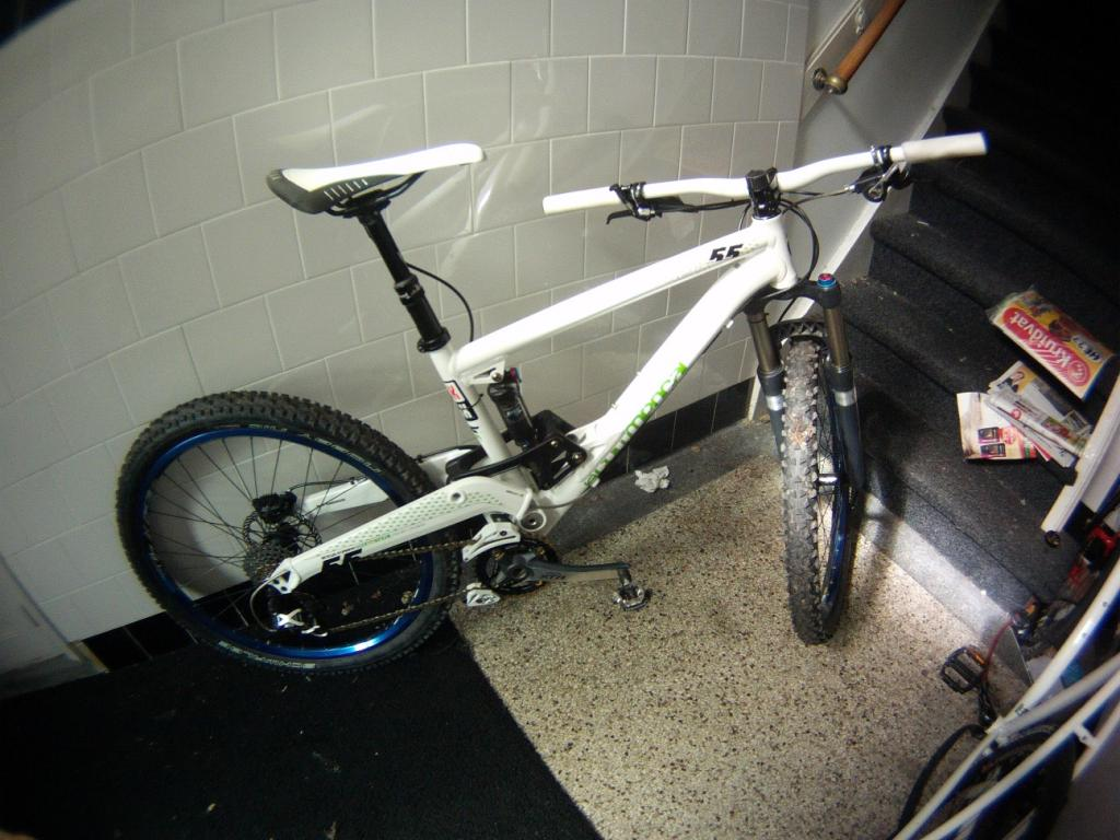 Post a pic of your Commencal!-superenduro-001.jpg