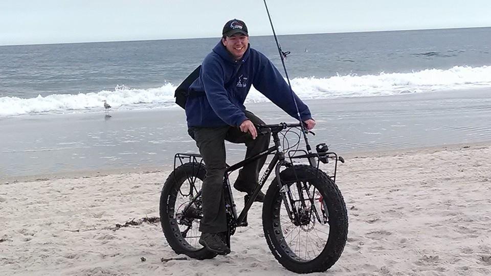 Hunting & Fishing on Two Wheels-surfcasting-bike2.jpg